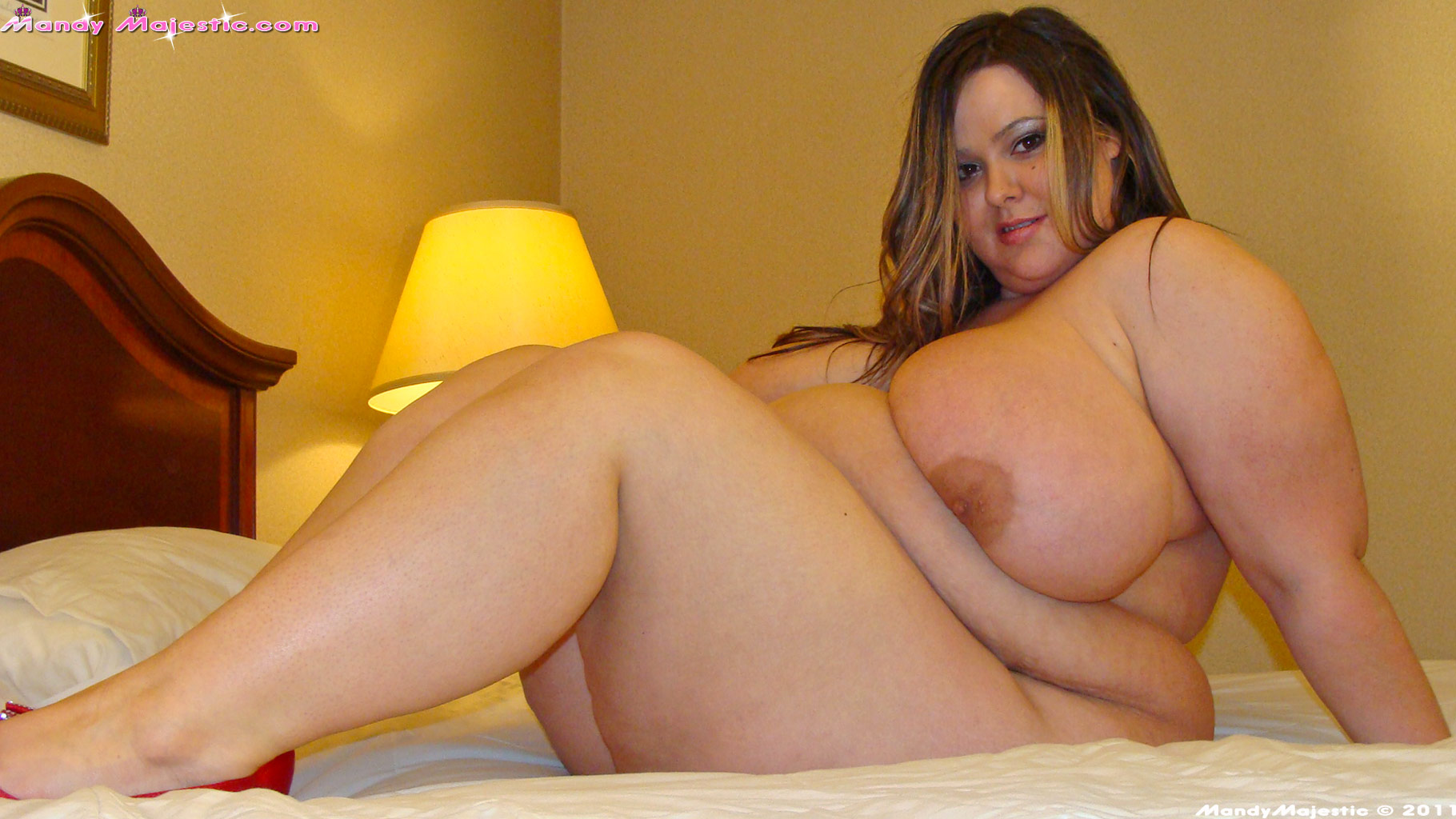 sara next door naked