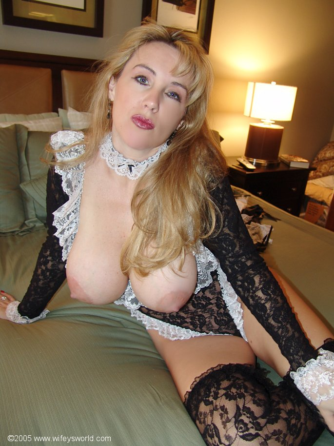 porn pictures of french maid