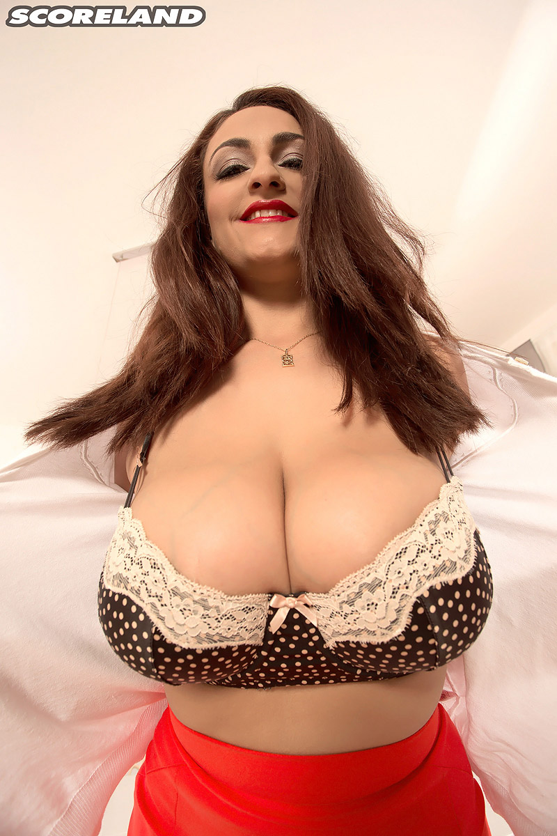 Big Tits Of Spain Morebigboobs Com